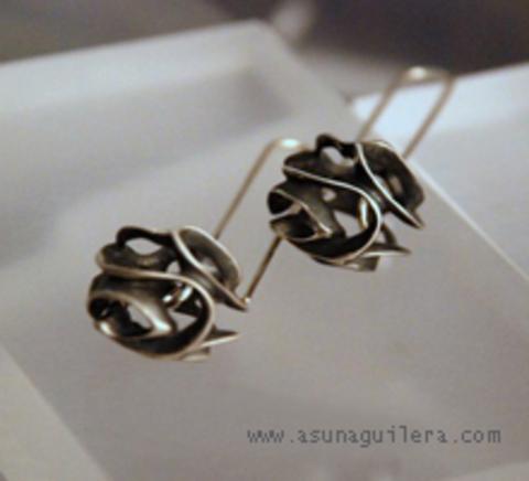 Asun Aguilera - CARVED SPHERE Earrings-Dangle   85€ - emociones hechas joyas,joyería de Autor,Asun Aguilera