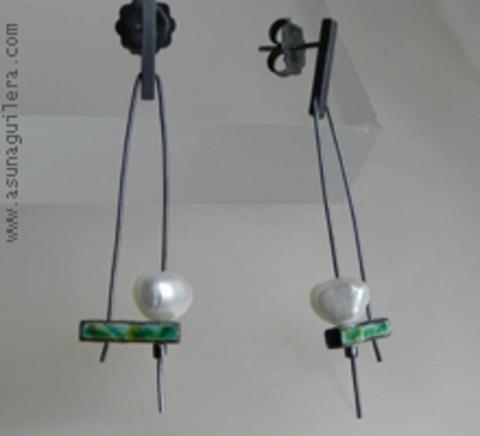 Asun Aguilera - MIRÓ Earrings / Enamel   93 € - emociones hechas joyas,joyería de Autor,Asun Aguilera