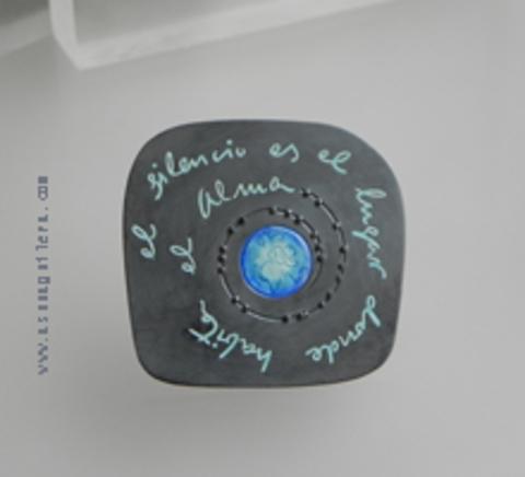 Asun Aguilera - Colgante El Silencio es el lugar donde habita el Alma     - emociones hechas joyas,joyería de Autor,Asun Aguilera