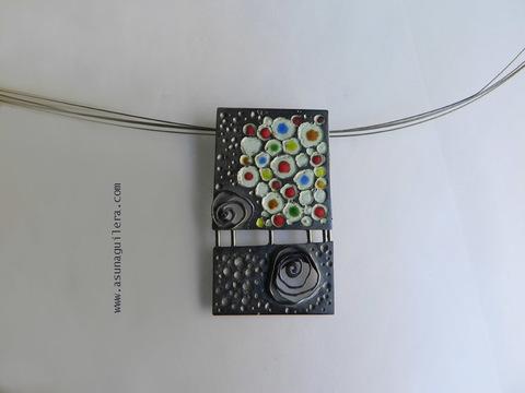 Asun Aguilera - Colgante EXPLOSIÓN DE COLOR    - emociones hechas joyas,joyería de Autor,Asun Aguilera