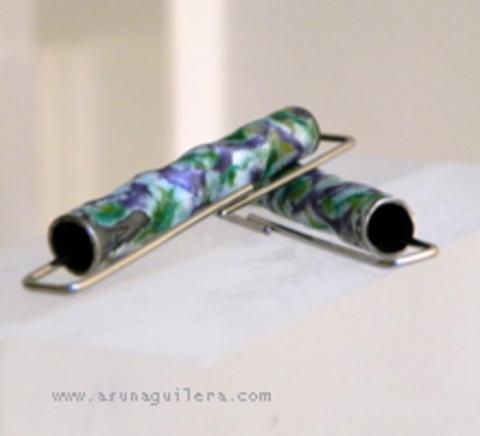 Asun Aguilera - Pendientes TUBOS IRREGULARES - Esmaltados - Mate   90 € - emociones hechas joyas,joyería de Autor,Asun Aguilera